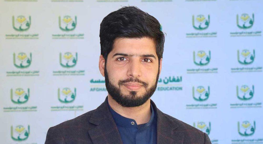 Muhammad-koshar-dowlatzai-sb-Dean-of-Law-and-political-science-faculty-Afghan-university-محمد-کوثر-دولتزی-صاحب-د-حقوق-او-سیاسی-علوم-پوهنځی-ریس